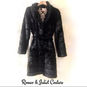 LIKE NEW! Romeo & Juliet Couture Faux Mink Coat